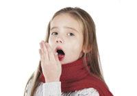 Каковы причины сухого кашля у ребенка и что делать, если затяжной симптом не проходит?