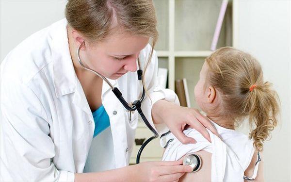 ребенок на преме у врача