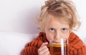 теплое питье ребенку