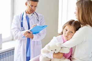 ребенок с мамой в больнице